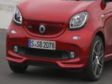 The new smart BRABUS forfour Xclusive cadmium red Design